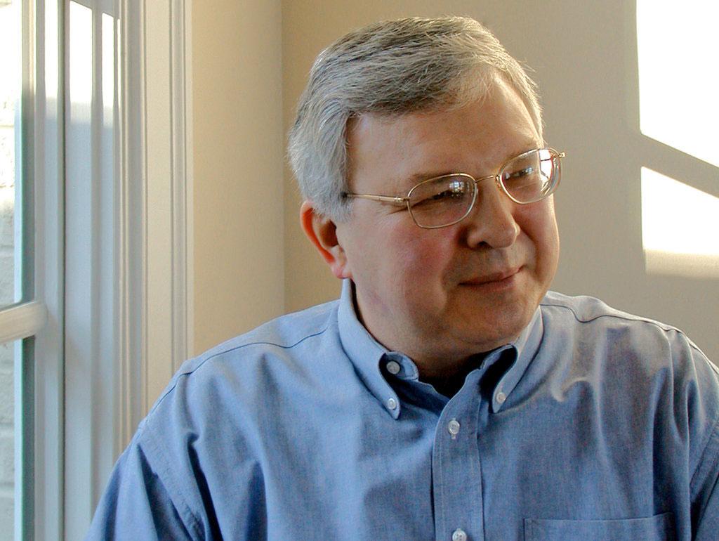هنری پتروسکی - نویسنده و مهندس در حوزه طراحی و شکست